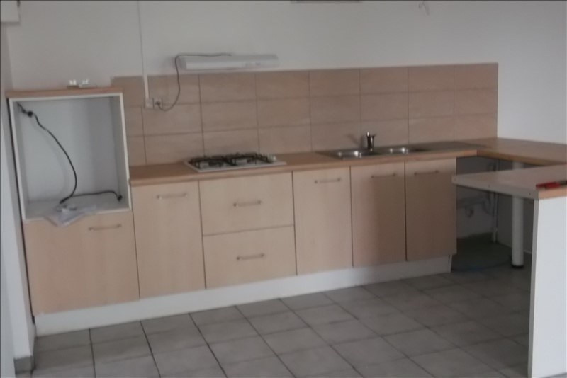 Rental apartment Lamentin 800€ CC - Picture 3