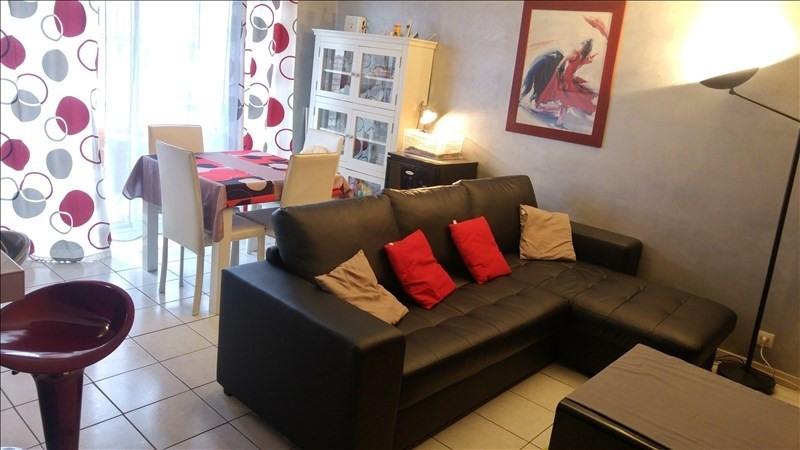 Sale apartment Beziers 90000€ - Picture 2