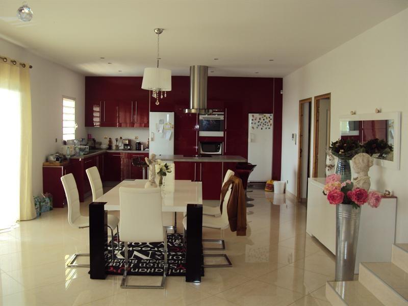 Sale house / villa Riviere du mat 380000€ - Picture 3