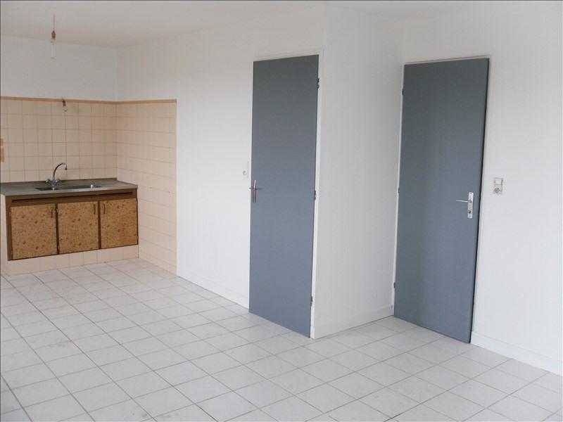 Rental apartment Redene 390€ CC - Picture 1