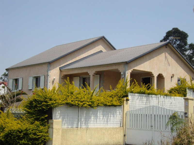 Rental house / villa Les trois mares 900€ +CH - Picture 1