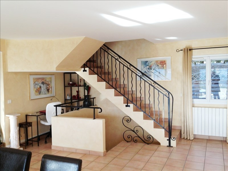 Deluxe sale house / villa Cranves sales 698 000€ - Picture 2