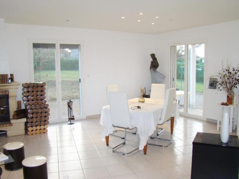 Sale house / villa La tour du pin 320 000€ - Picture 3