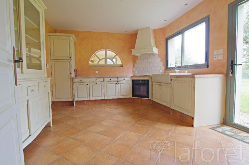 Sale house / villa Chanteloup les bois 282 000€ - Picture 3