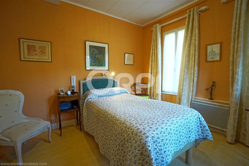 Sale house / villa Les andelys 308000€ - Picture 8