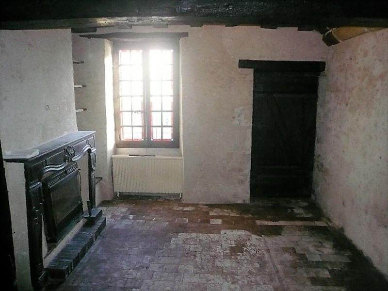 Sale house / villa Lere 99000€ - Picture 2