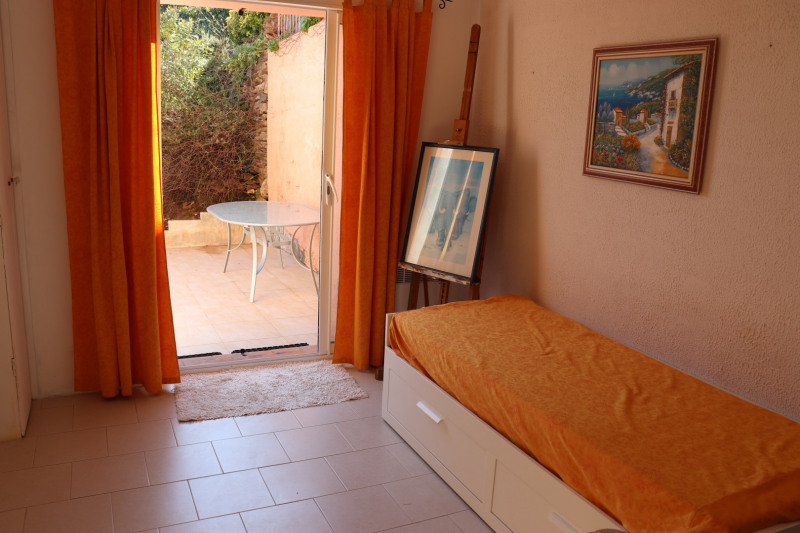 Sale house / villa Cavalaire-sur-mer 450000€ - Picture 11
