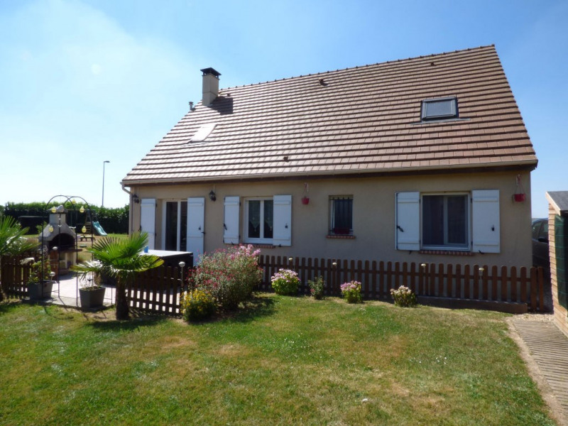 Sale house / villa Saint clair sur epte 175 000€ - Picture 1