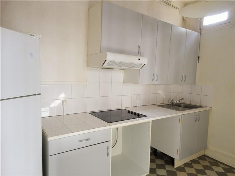 Rental apartment Puteaux 905€ CC - Picture 2