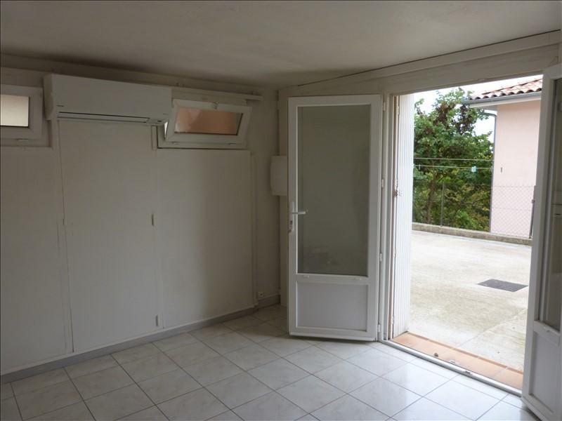 Rental apartment Caraman 340€ CC - Picture 2