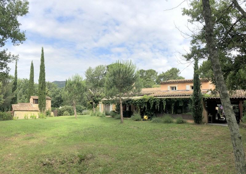 Vente de prestige maison / villa Bagnols-en-forêt 998000€ - Photo 1