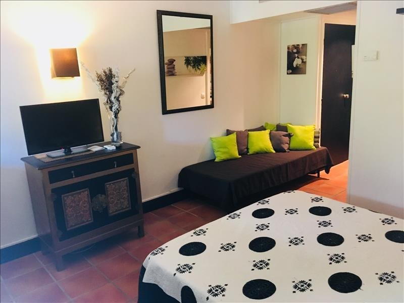 Investment property apartment St francois 127600€ - Picture 1