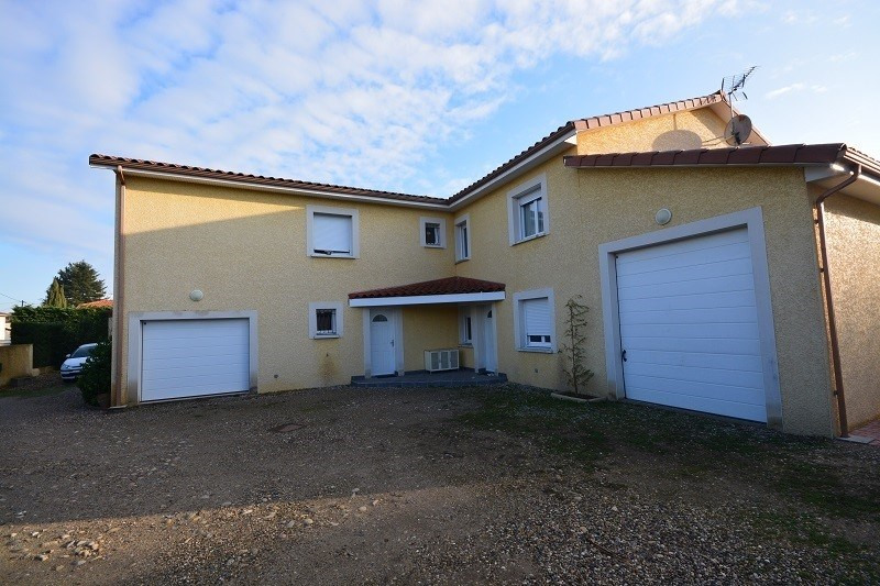 Deluxe sale house / villa St jean de bournay 630000€ - Picture 1
