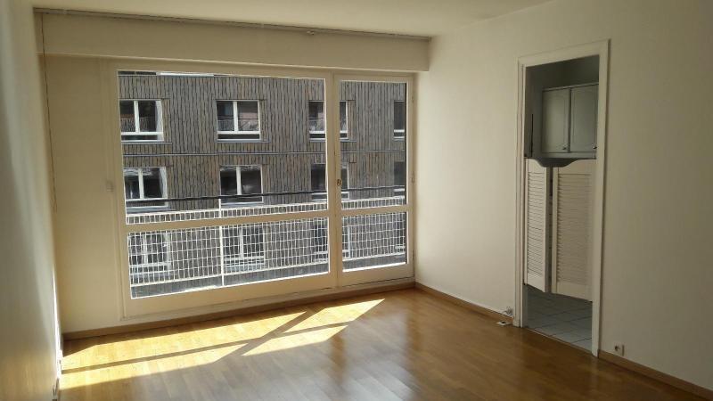 Location appartement Paris 16ème 1020€ CC - Photo 2