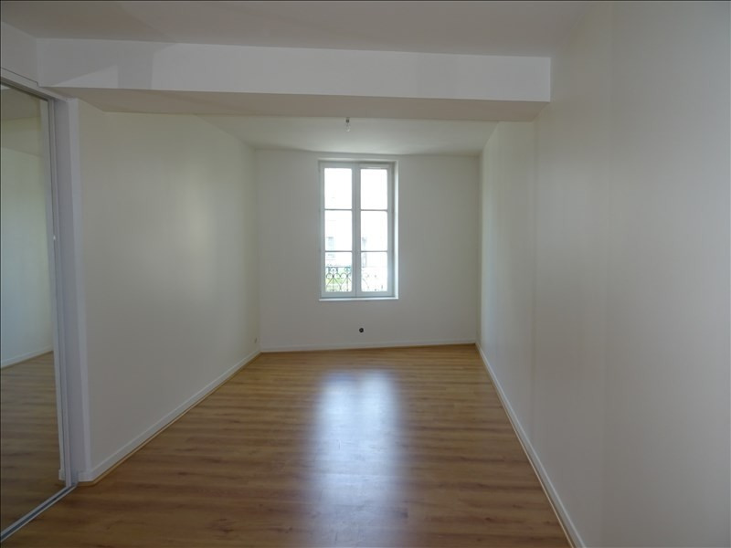Rental apartment Le port marly 572€ CC - Picture 2