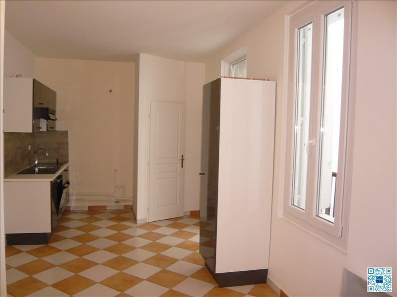 Location appartement Sete 490€ CC - Photo 1