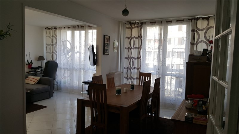 Sale apartment Chelles 186 000€ - Picture 2