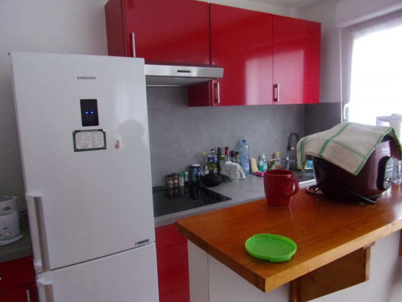 Sale apartment Poissy 194000€ - Picture 2