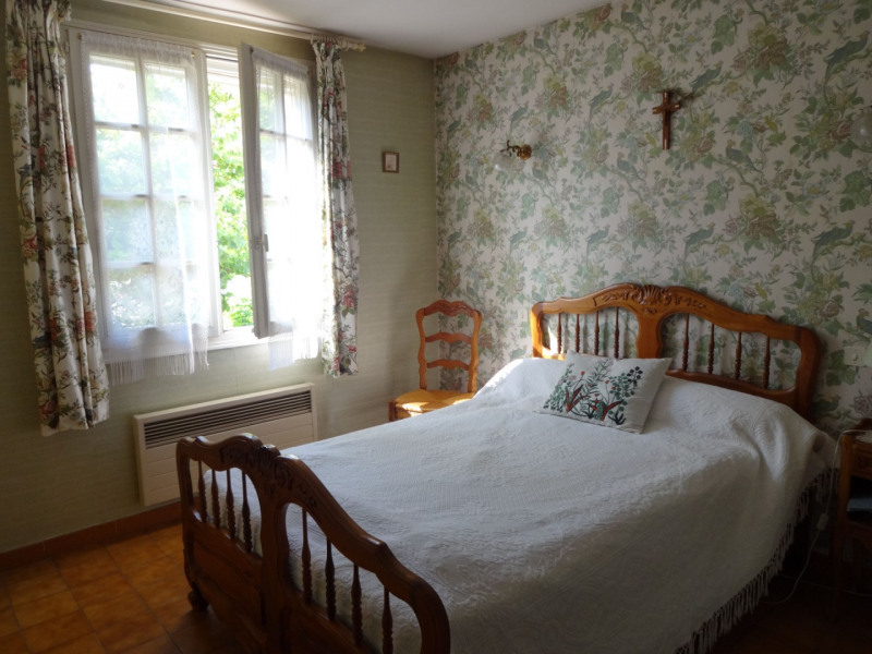 Sale house / villa Althen des paluds 335000€ - Picture 13