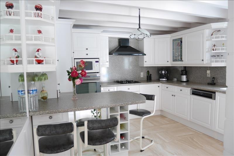 Deluxe sale house / villa Trets 699900€ - Picture 4