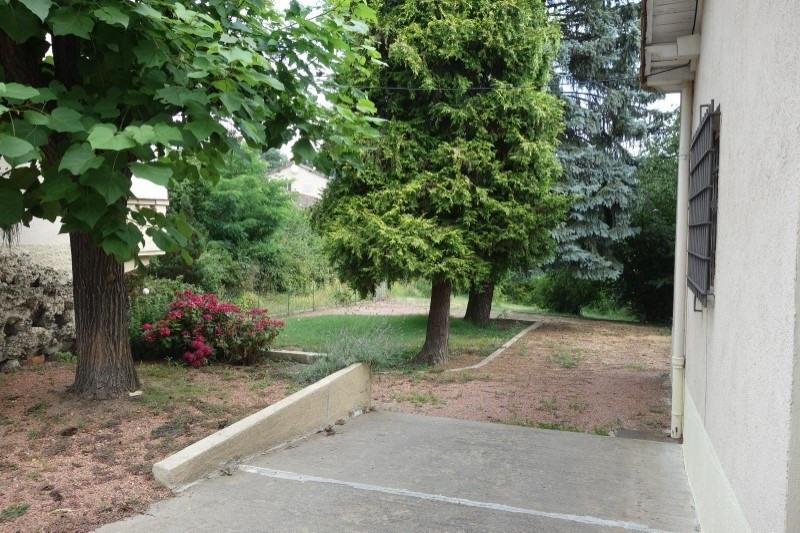 Rental house / villa Roanne 715€ CC - Picture 2