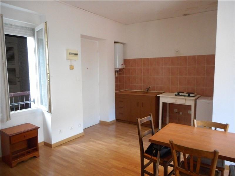 Verhuren  appartement Voiron 230€ CC - Foto 3