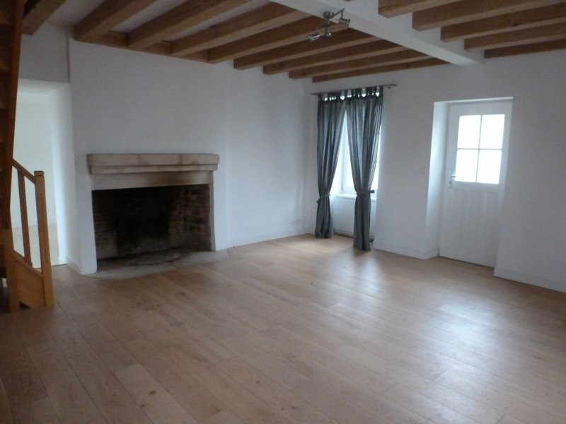 Location maison / villa Borest 1 350€ CC - Photo 2