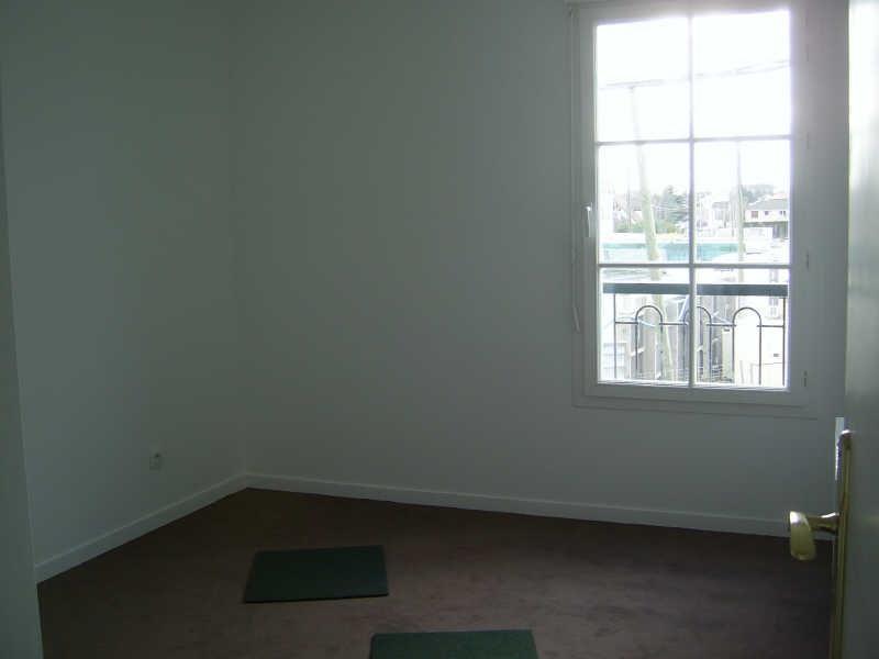 Rental apartment Wissous 1095€ CC - Picture 7