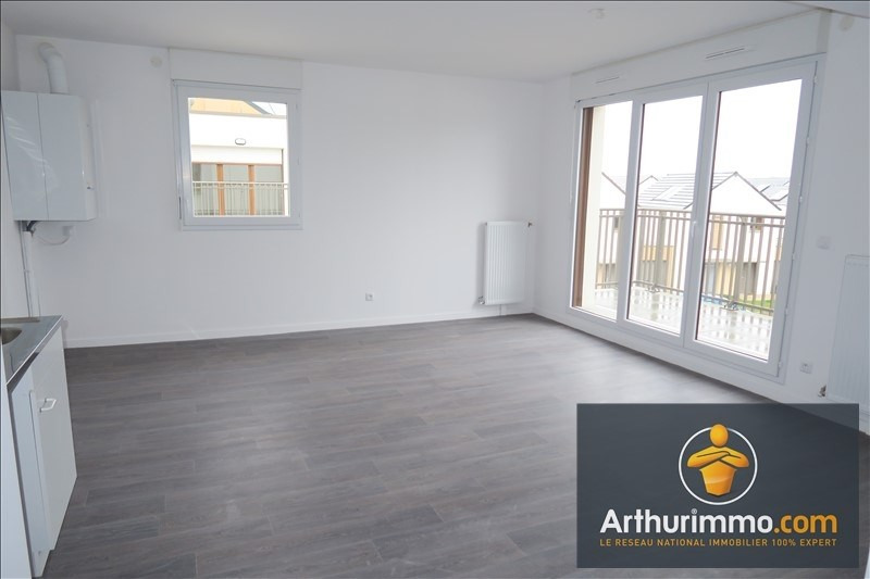 Location appartement Vert st denis 839€ CC - Photo 2