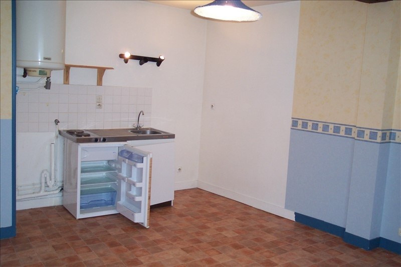 Rental apartment La roche guyon 379€ CC - Picture 3