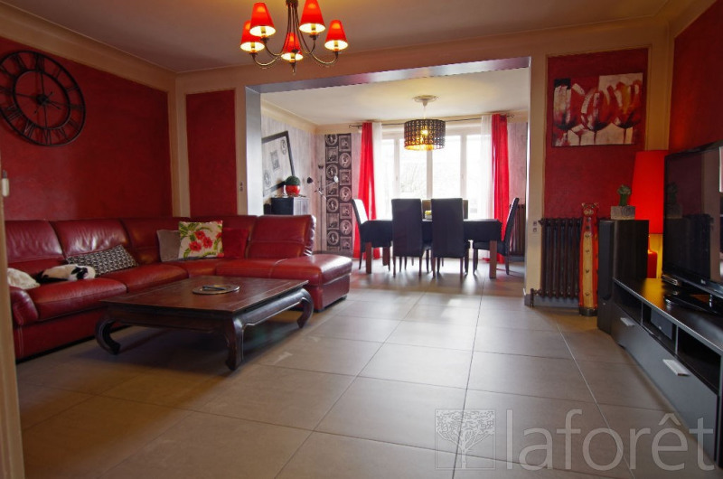 Sale house / villa Cholet 171 700€ - Picture 1