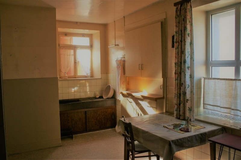 Sale house / villa Bust 213000€ - Picture 3