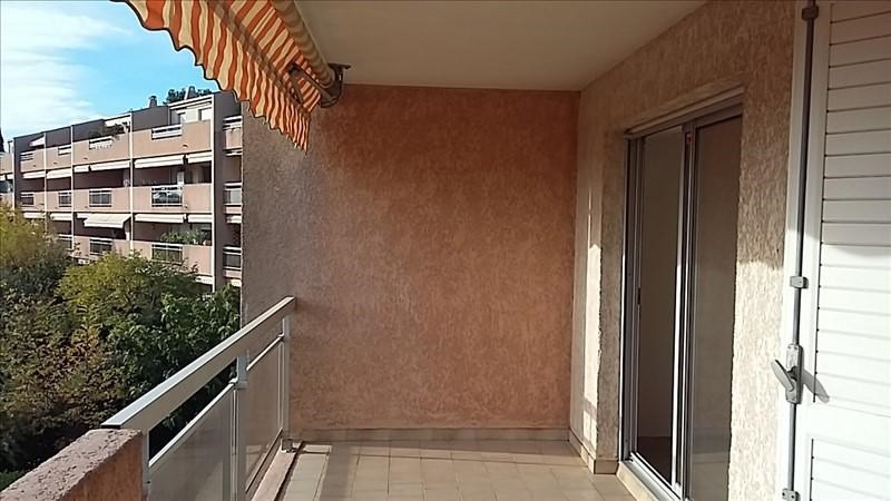 Rental apartment Aix en provence 1 150€ CC - Picture 5