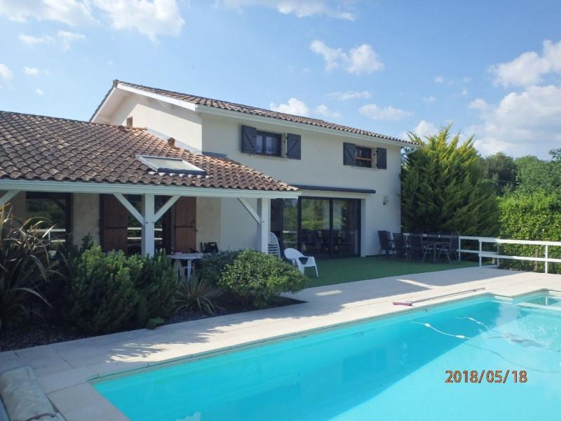 Deluxe sale house / villa Portets 598000€ - Picture 1