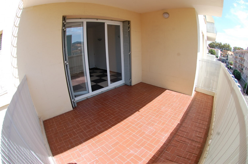 Vente appartement Six fours les plages 202 000€ - Photo 1