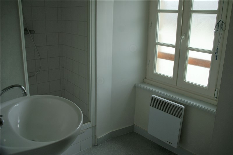 Rental apartment Quimperle 420€ CC - Picture 4