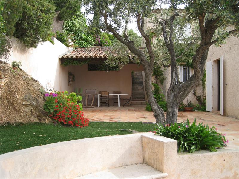Vacation rental house / villa Les issambres 2 180€ - Picture 9