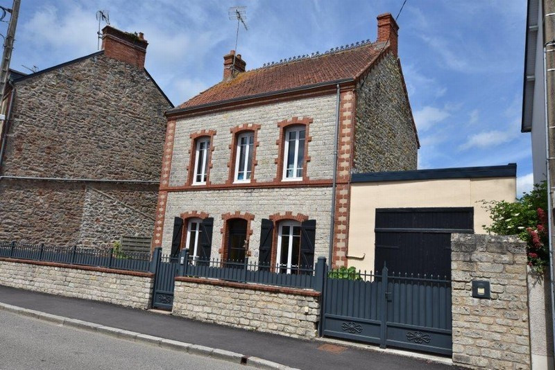 Vendita casa Carentan 169500€ - Fotografia 1