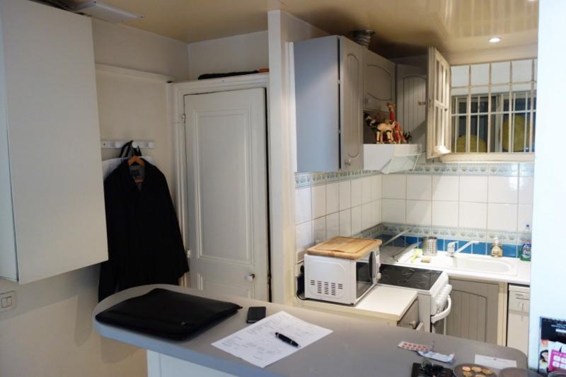Rental apartment Paris 17ème 1690€ CC - Picture 2