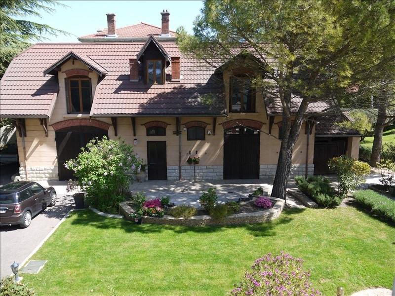 Deluxe sale house / villa Vienne 370000€ - Picture 1