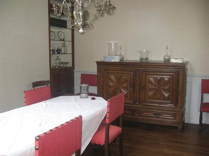 Sale house / villa Montguyon 260000€ - Picture 5