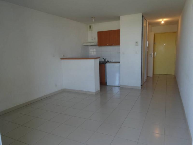 Rental apartment Montfavet 422€ CC - Picture 2