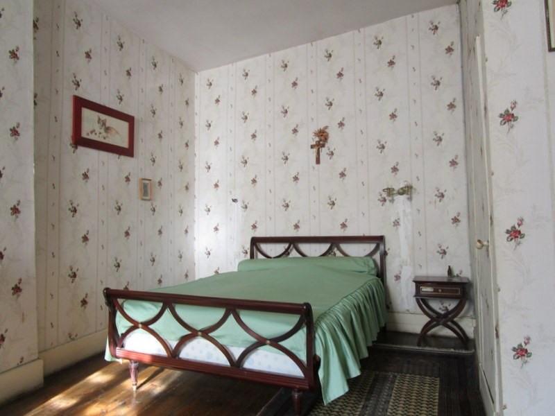 Sale house / villa Montendre 220000€ - Picture 5