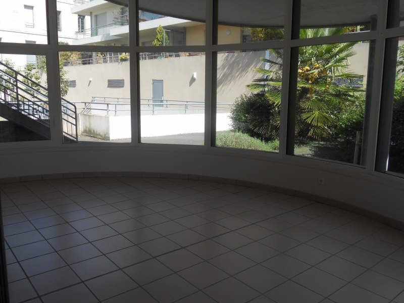 Location appartement Niort 507€ CC - Photo 3