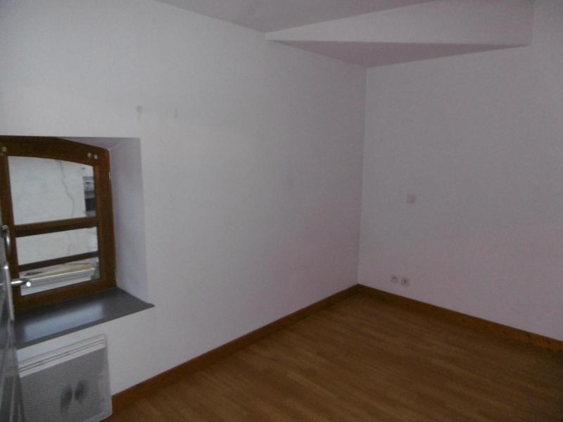 Location appartement L arbresle 412€ CC - Photo 2