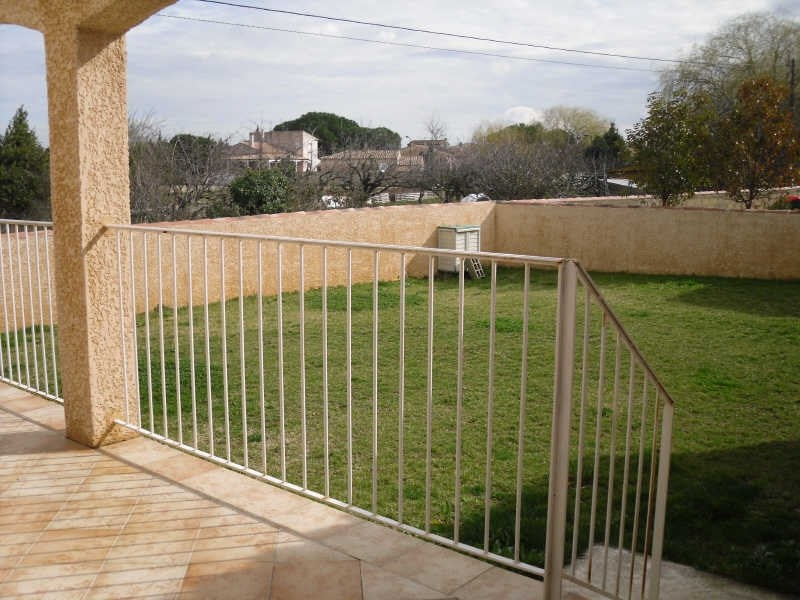 Location maison / villa Bouillargues 1 400€ CC - Photo 3