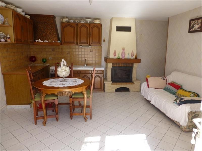 Sale house / villa Aulnay 69900€ - Picture 2
