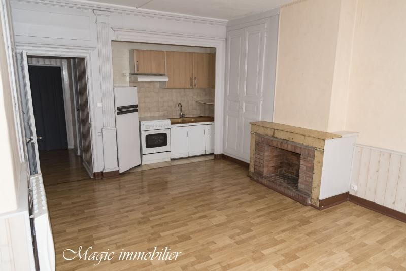 Rental apartment Nantua 320€ CC - Picture 1