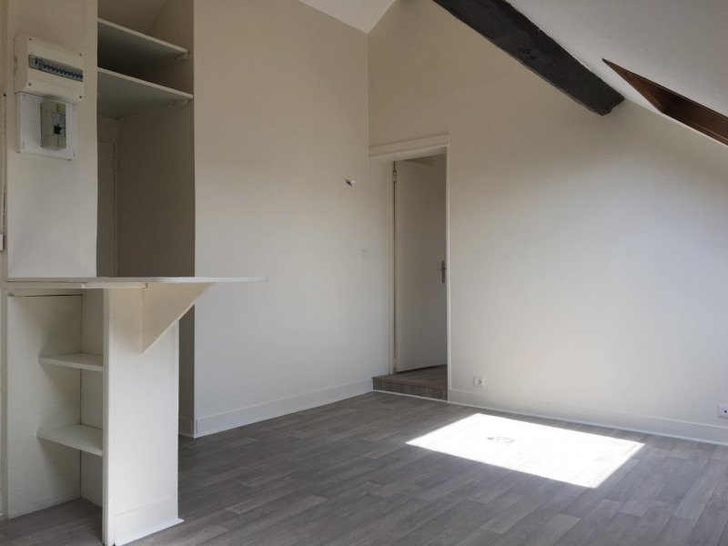 Location appartement Saint-ouen-l'aumône 544€ CC - Photo 3