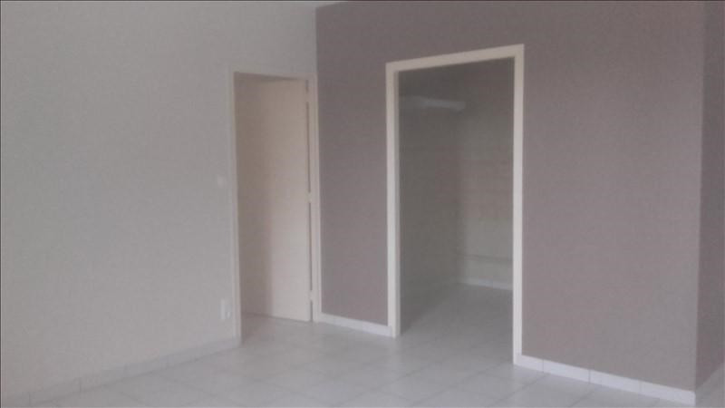Location appartement Beaupreau 420€ CC - Photo 1